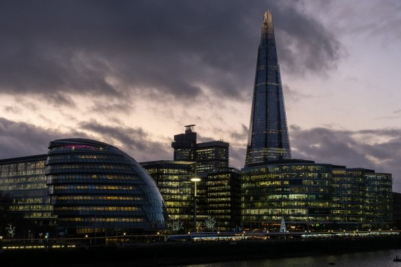 Shoot your Story with the Olympus OM-D E-M5 Mark III: London at twilight