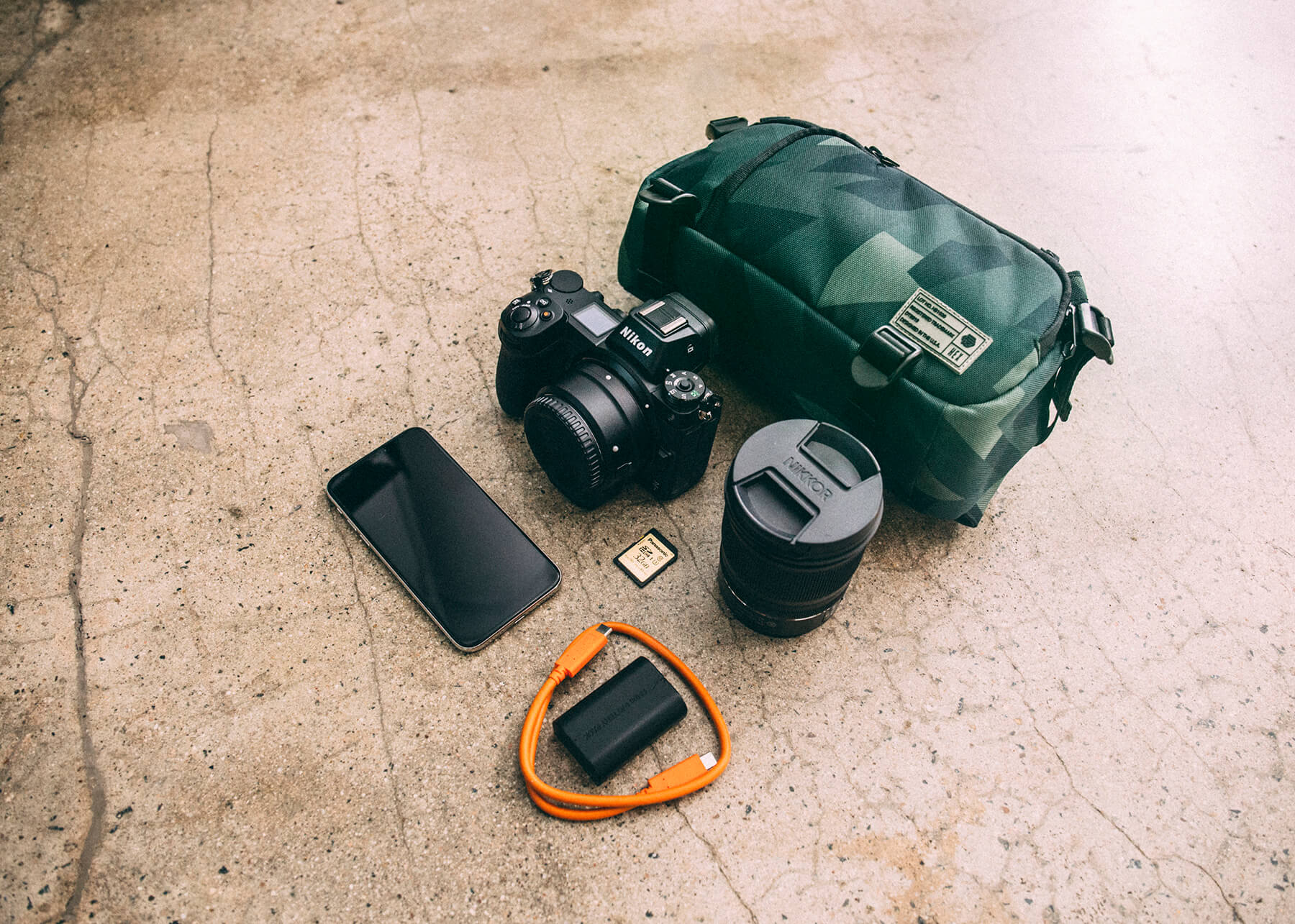HEX Mini DSLR Sling
